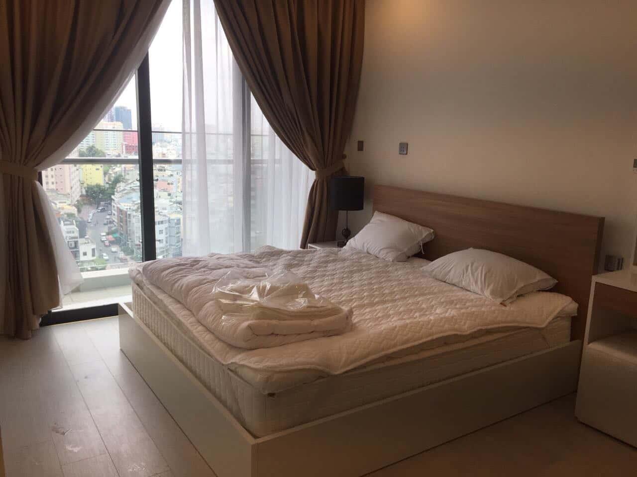 Cần cho thuê gấp 2 căn hộ Vinhome Golden River  1 Phòng ngủ - Nội thất đầy đủ - Sang trọng đẳng cấp của Vingroup